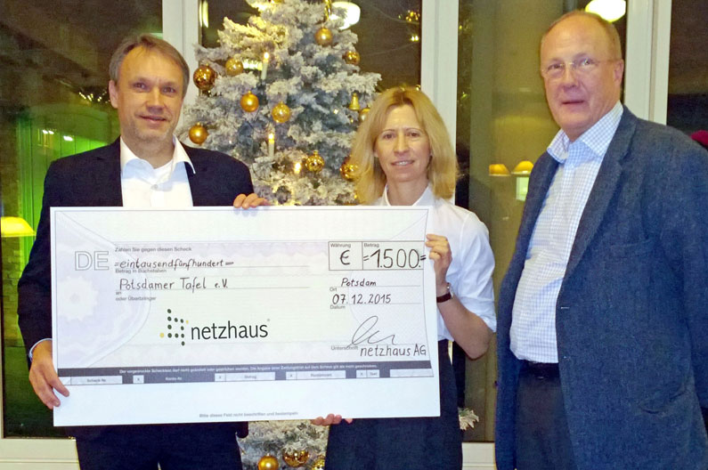 Potsdamer Tafel: Spende für Fußboden